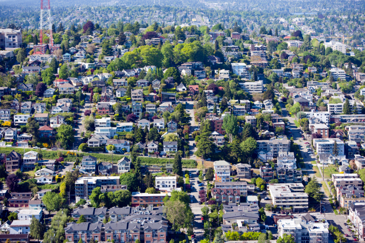 Buying a Home This Fall? Here's How Your Choice of Neighborhood Will Impact Your Mortgage