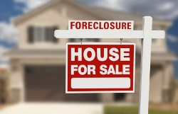 Foreclosure Home w Sign 2 When Can You Buy Real Estate After Foreclosure?