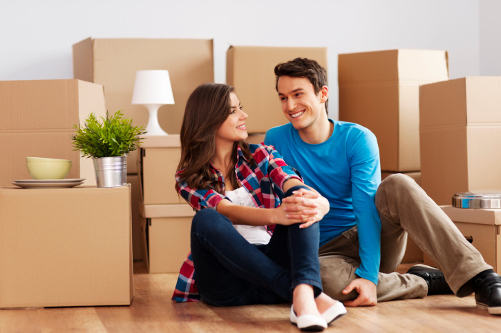 Juggling Priorities: How to Manage Buying a New Home and Selling Your Old One at the Same Time