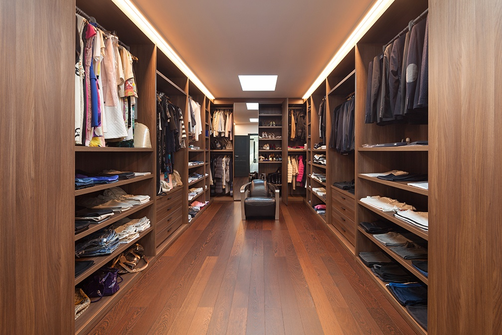 Beau Letu0027s Talk Closets: Why A Walk In Closet Is A Must Have For Any