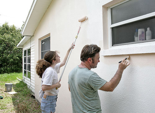 Need a DIY Summer Project? How to Paint Your Home's Exterior in a Weekend or Two