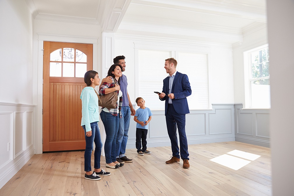 Selling Ain't Easy: 4 Reasons Why You Will Want to Engage a Professional Real Estate Sales Agent