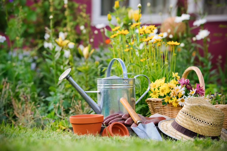 Stage Your Home for Spring: Tips for Using the Season to Your Selling Advantage