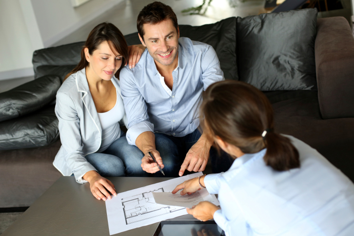 Understanding Valuations and How a Real Estate Agent Can Determine Your Home's Value