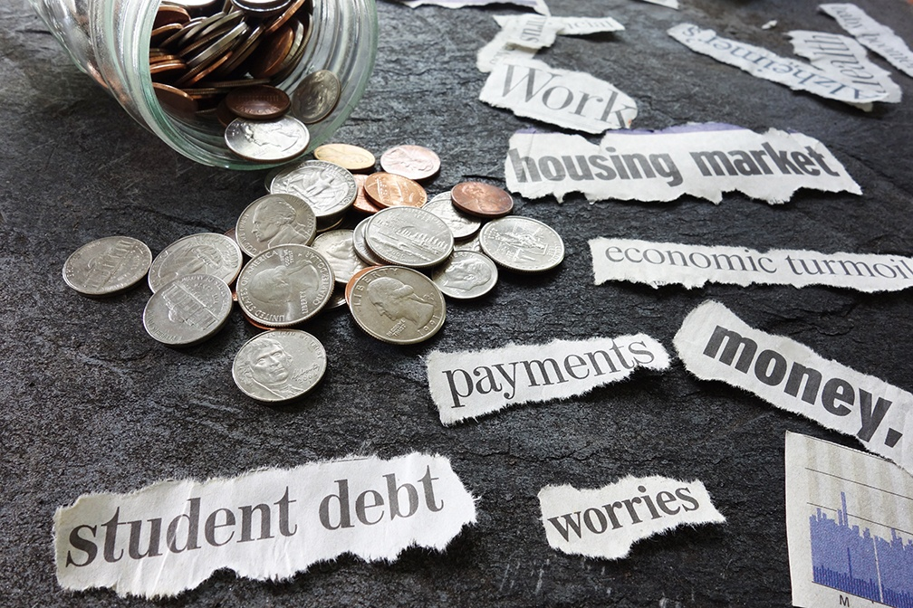 Worried That Your Past Student Loan Debt Might Delay Buying a Home? Here's What to Do